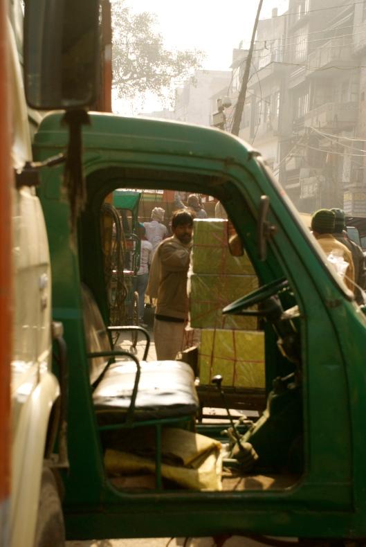 delhi city traffic