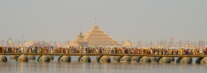 kumbh mela temple bridge crowd